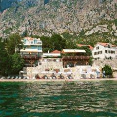 Отель Casa del Mare - Amfora Черногория, Доброта - отзывы, цены и фото номеров - забронировать отель Casa del Mare - Amfora онлайн приотельная территория фото 2