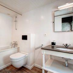 Отель Be&Be Sablon 7 Бельгия, Брюссель - отзывы, цены и фото номеров - забронировать отель Be&Be Sablon 7 онлайн ванная