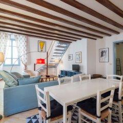 Отель Vittoria Enchanting - Three Bedroom комната для гостей