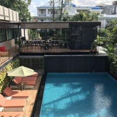 Отель V20 boutique hotel Таиланд, Бангкок - отзывы, цены и фото номеров - забронировать отель V20 boutique hotel онлайн бассейн фото 3