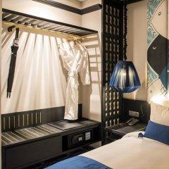 Отель Sol An Bang Beach Resort & Spa сейф в номере