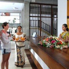Отель Goldi Sands Hotel Шри-Ланка, Негомбо - 1 отзыв об отеле, цены и фото номеров - забронировать отель Goldi Sands Hotel онлайн интерьер отеля фото 3