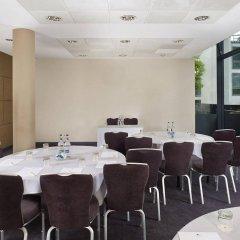 Отель DoubleTree by Hilton Hotel London - Westminster Великобритания, Лондон - 4 отзыва об отеле, цены и фото номеров - забронировать отель DoubleTree by Hilton Hotel London - Westminster онлайн интерьер отеля