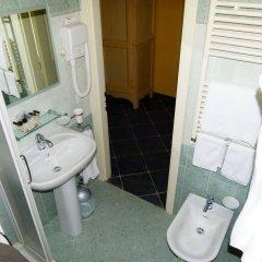 Отель Albergo la Luna Сарцана ванная