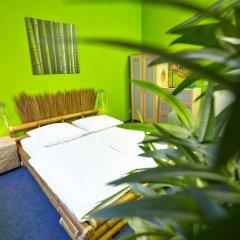 Отель LaLeLu Hostel Германия, Дрезден - 1 отзыв об отеле, цены и фото номеров - забронировать отель LaLeLu Hostel онлайн комната для гостей фото 2