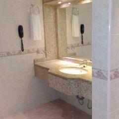 Отель Ras Al Khaimah Hotel ОАЭ, Рас-эль-Хайма - 2 отзыва об отеле, цены и фото номеров - забронировать отель Ras Al Khaimah Hotel онлайн ванная фото 2