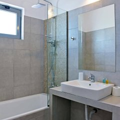Апартаменты Hillside Studios & Apartments ванная