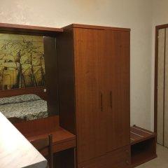 Отель Old Milano House - Hostel Италия, Милан - отзывы, цены и фото номеров - забронировать отель Old Milano House - Hostel онлайн сейф в номере