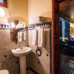 Отель Riad Ibn Khaldoun Марокко, Фес - отзывы, цены и фото номеров - забронировать отель Riad Ibn Khaldoun онлайн ванная фото 2