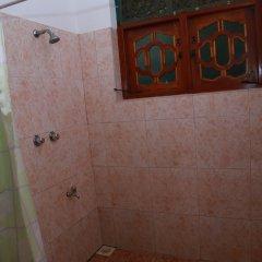 Отель Sumal Villa Шри-Ланка, Берувела - отзывы, цены и фото номеров - забронировать отель Sumal Villa онлайн ванная