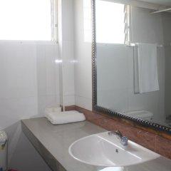Отель Adwoa Wangara ванная