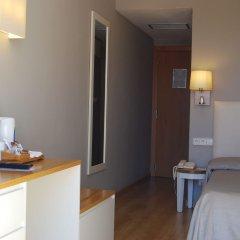 Hotel Port Mahon в номере