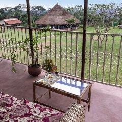 Отель Unity Ecovillage Гана, Мори - отзывы, цены и фото номеров - забронировать отель Unity Ecovillage онлайн балкон