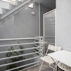 Отель RED Luxury Athens Греция, Афины - отзывы, цены и фото номеров - забронировать отель RED Luxury Athens онлайн балкон
