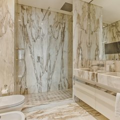 Апартаменты Chiado Camões - Lisbon Best Apartments ванная фото 2
