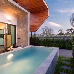 Отель The 8 Pool Villa бассейн