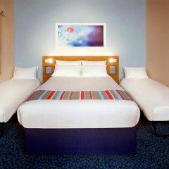 Отель Travelodge Manchester Piccadilly комната для гостей фото 4