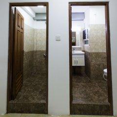 Отель Metro Port City Hotel Шри-Ланка, Коломбо - отзывы, цены и фото номеров - забронировать отель Metro Port City Hotel онлайн ванная фото 2