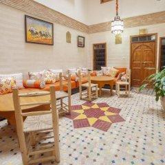 Отель Dar Ikalimo Marrakech питание фото 3