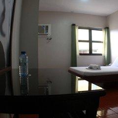 Отель California Филиппины, Лапу-Лапу - отзывы, цены и фото номеров - забронировать отель California онлайн ванная