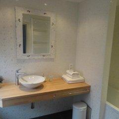 Отель B&B Aquarelle Бельгия, Брюссель - отзывы, цены и фото номеров - забронировать отель B&B Aquarelle онлайн ванная