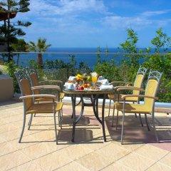 Отель Happy Cretan Suites