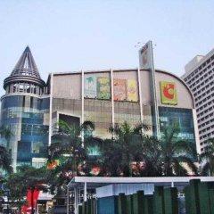 Отель J Two S Pratunam Бангкок парковка