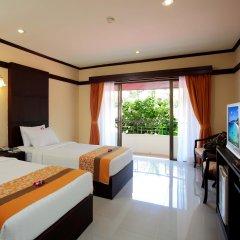 Отель Horizon Patong Beach Resort And Spa 4* Улучшенный номер