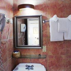 Altamont West Hotel ванная
