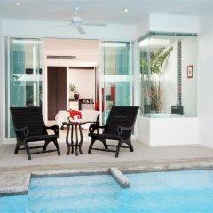 Отель The Old Phuket - Karon Beach Resort 4* Улучшенный номер с разными типами кроватей фото 9