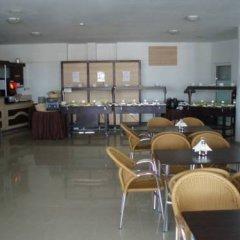 Отель Grand Sirena Болгария, Равда - отзывы, цены и фото номеров - забронировать отель Grand Sirena онлайн гостиничный бар