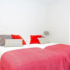 Отель Liiiving in Porto - Central Garden Flat Порту комната для гостей фото 4