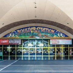 Отель Boulder Station Hotel Casino США, Лас-Вегас - отзывы, цены и фото номеров - забронировать отель Boulder Station Hotel Casino онлайн спортивное сооружение