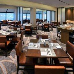 Отель Newark Liberty International Airport Marriott США, Ньюарк - отзывы, цены и фото номеров - забронировать отель Newark Liberty International Airport Marriott онлайн питание