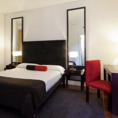 Hotel Quatro Puerta Del Sol комната для гостей