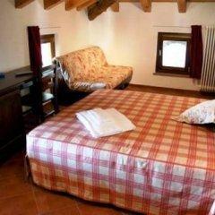 Отель Affittacamere Il Contadino Поллейн комната для гостей