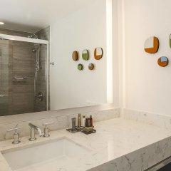 Отель New York LaGuardia Airport Marriott США, Нью-Йорк - отзывы, цены и фото номеров - забронировать отель New York LaGuardia Airport Marriott онлайн ванная фото 2
