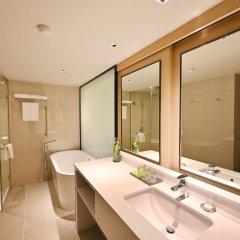 Отель M Pattaya Hotel Таиланд, Паттайя - отзывы, цены и фото номеров - забронировать отель M Pattaya Hotel онлайн ванная фото 2