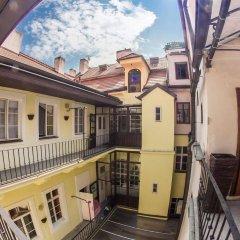 Отель U Zlate Podkovy - At The Golden Horseshoe Чехия, Прага - отзывы, цены и фото номеров - забронировать отель U Zlate Podkovy - At The Golden Horseshoe онлайн
