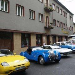 Отель Parkhotel Terezín Бенешов-над-Плоучницей парковка