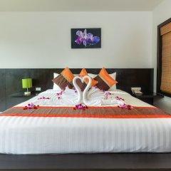 Отель Apk Resort Патонг сейф в номере