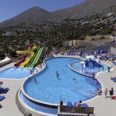 Отель Elounda Water Park Residence бассейн