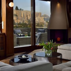 Отель Karyatis Luxury Maisonette by K&K комната для гостей фото 4