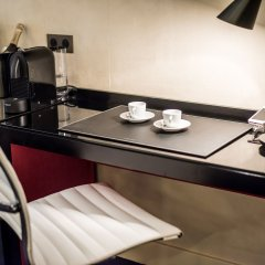 Отель Room Mate Alain в номере