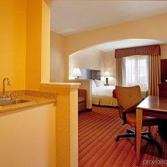 Holiday Inn Express Hotel & Suites Greenville Airport удобства в номере фото 2