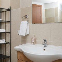Windows of Jerusalem Vacation Apartments By Exp Израиль, Иерусалим - отзывы, цены и фото номеров - забронировать отель Windows of Jerusalem Vacation Apartments By Exp онлайн ванная