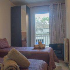 Отель Hostal Alogar Испания, Барселона - 2 отзыва об отеле, цены и фото номеров - забронировать отель Hostal Alogar онлайн комната для гостей