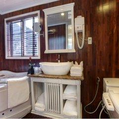 Отель Signature Halong Cruise ванная