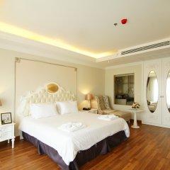 Отель Miracle Suite комната для гостей