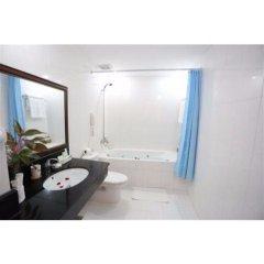 Отель Royal Hotel Вьетнам, Вунгтау - отзывы, цены и фото номеров - забронировать отель Royal Hotel онлайн ванная